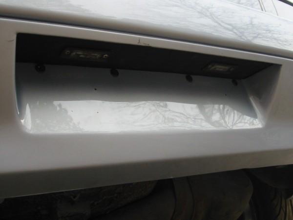 Kilvenupotuksen Pekka teki tällä kertaa käyttäen apuna '02 Polon puskurin kilvenupotusta. Kilpivalot ovat mk4 Golfista.
